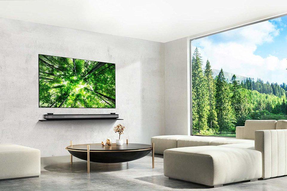 LG OLED77W8 77 Inch 4K Smart TV Review: Breathtaking Beauty, Roaring Performance